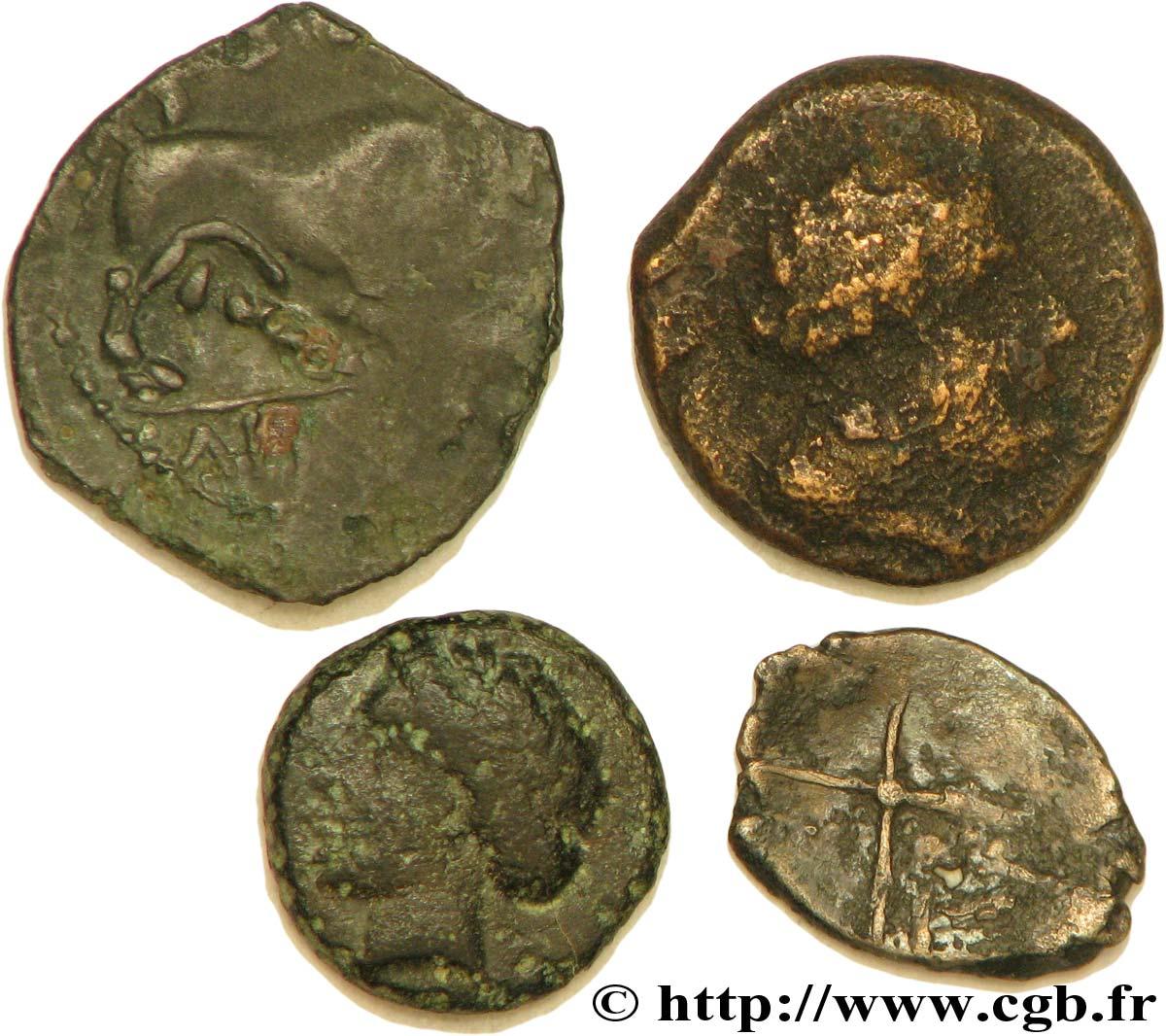MASSALIA - MARSEILLE Lot de 3 petits bronzes au taureau et une obole