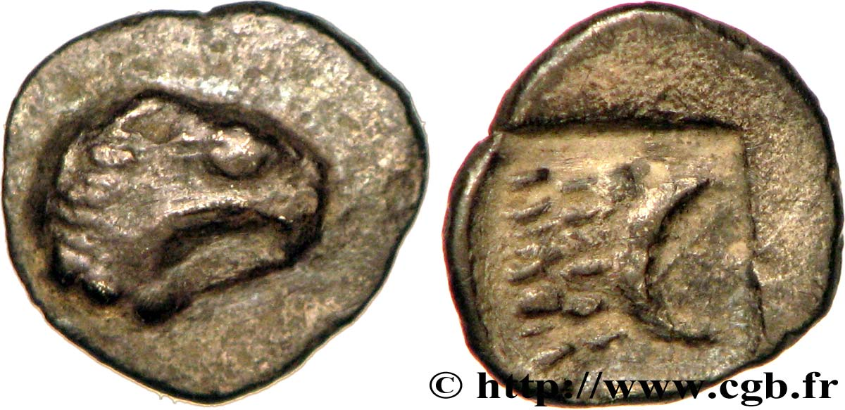 carré creux de Marseille griffon à gauche et lion à gauche. Bga_264480